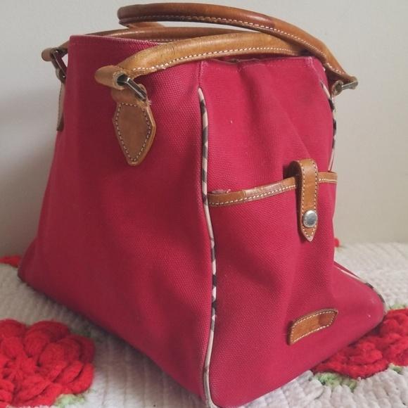 Burberry Handbags - Authentic Burberry shoulder bag